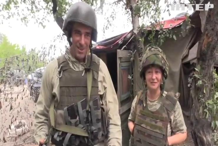 Любовь на передовой: супружеская пара защищает передовые рубежи Украины