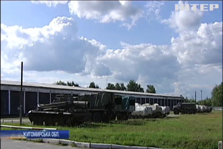 У Новограді-Волинському із військової частини вкрали зброю