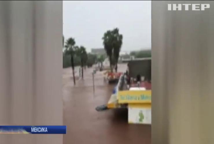 Негода у Мексиці: до тимчасових притулків перемістили 90 сімей