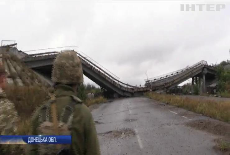 Війна на Донбасі: поранили чотирьох бойовиків