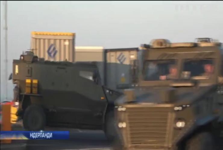 Британія перекинула до Європи війська та бойову техніку