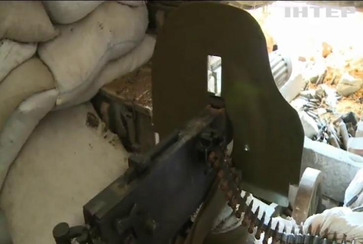 На Донбассе боевики вели обстрелы из запрещенных орудий