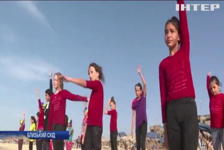 Олімпіада-2020: палестинські плавці приступили до тренувань