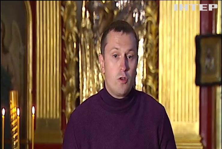 Намісник Києво-Печерської Лаври Владика Павло заявив, що сьогоднішні обшуки СБУ є політичним тиском на церкву