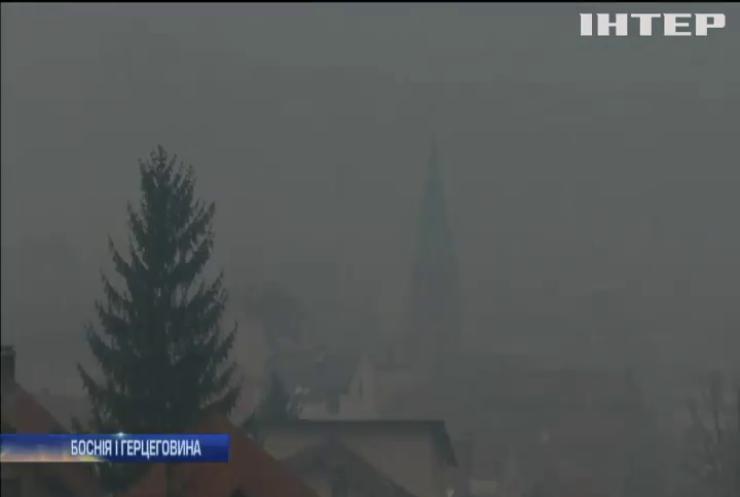 """Боснію і Герцеговину """"накрив"""" брудний смог (відео)"""