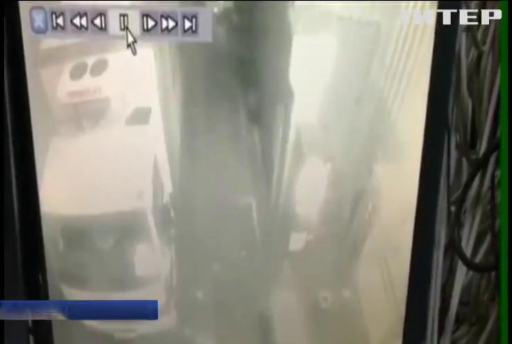 У Харкові в супермаркеті застрелили покупця (відео)