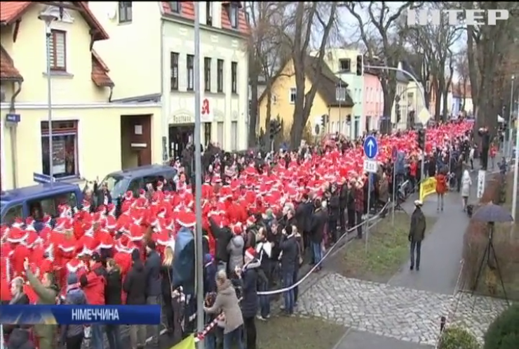 У Берліні відбувся передсвятковий забіг