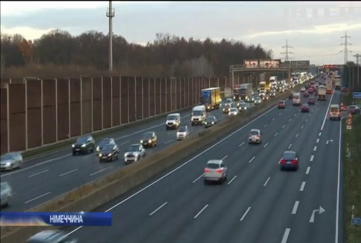 Австрія і Нідерланди просять Європейський суд скасувати плату за проїзд автобанами