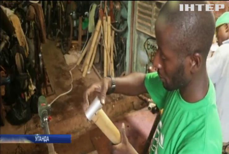 Підприємець з Кампали виготовляє бамбукові рами для старих велосипедів