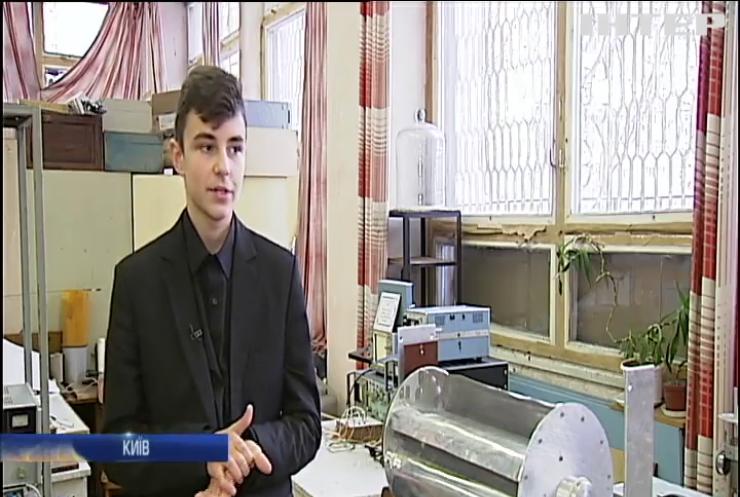 Школяр змайстрував вітрогенератор для метрополітену