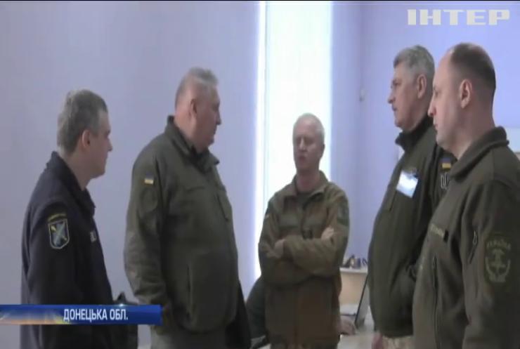 На Донбасі тривають провокації бойовиків