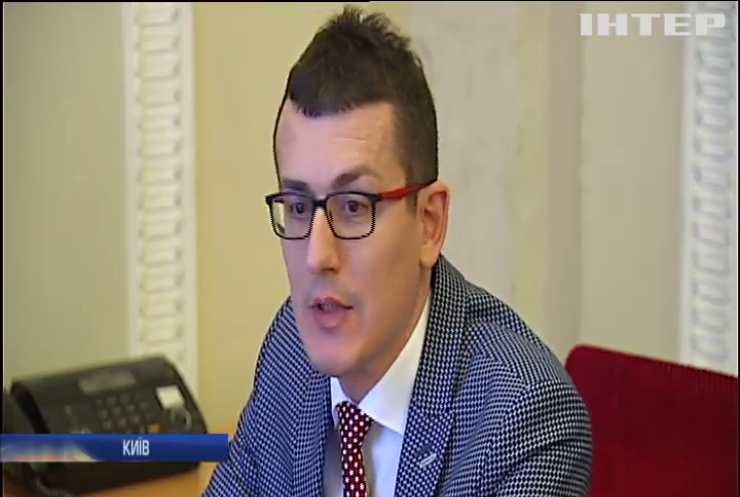 """НСЖУ і лідер партії  """"Батьківщина"""" підписали декларацію на захист свободи слова в Україні"""