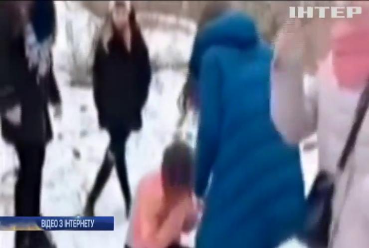 Недитяча розправа: у Житомирі дівчата жорстоко побили ровесницю