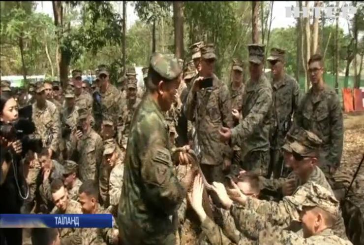 Вижити в джунглях: тайські військові влаштували майстер-клас