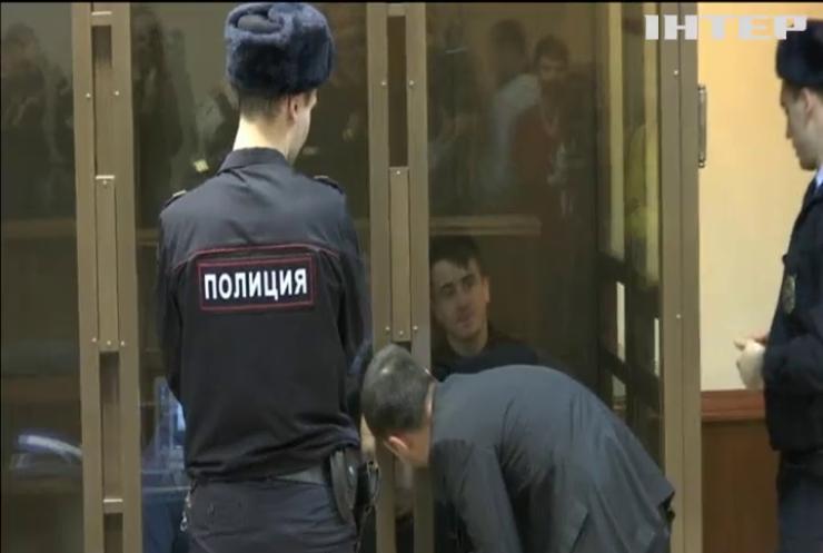 Чотирьох військовополонених українських моряків залишили у СІЗО