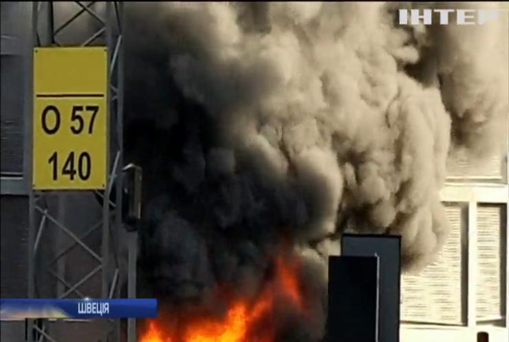 У середмісті Стокгольма вибухнув автобус