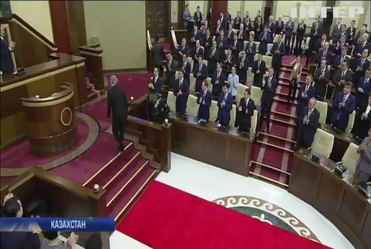 Жителі Казахстану протестують проти перейменування Астани
