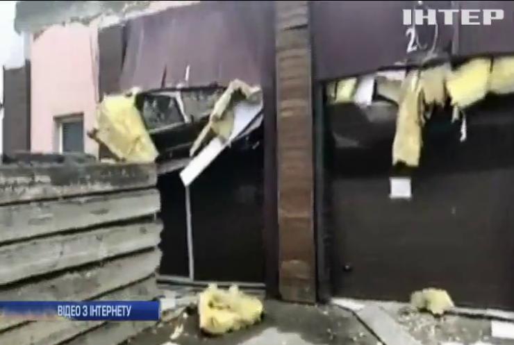 В гаражному кооперативі обвалилися плити: загинула жінка