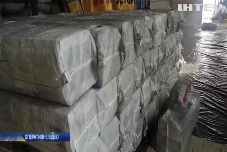 У Чернівцях вилучили рекордну партію контрабандних цигарок