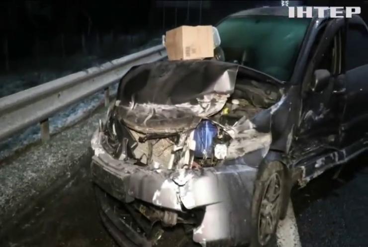 На Бориспільскій трасі зіткнулося 15 машин (відео)
