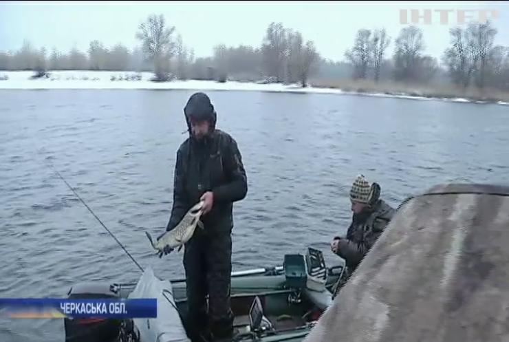 Період нересту: в Україні заборонили риболовлю