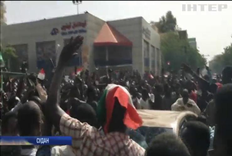 У Судані продовжуються масові заворушення