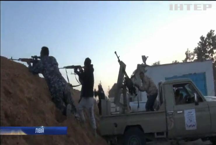 Війна у Лівії: генерал Хафтар продовжує наступ на Тріполі