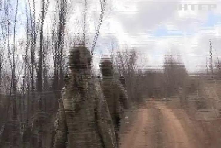 Війна на Донбасі: бойовики поранили двох українців