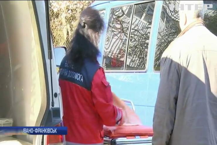 В Івано-Франківську на виклик приїхала блигада лікарів напідпитку