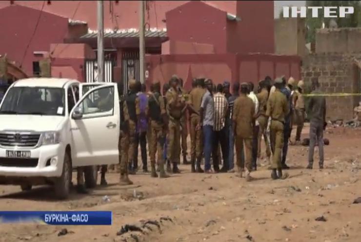 Теракт у Буркіна-Фасо: під час служби у церкві загинули люди