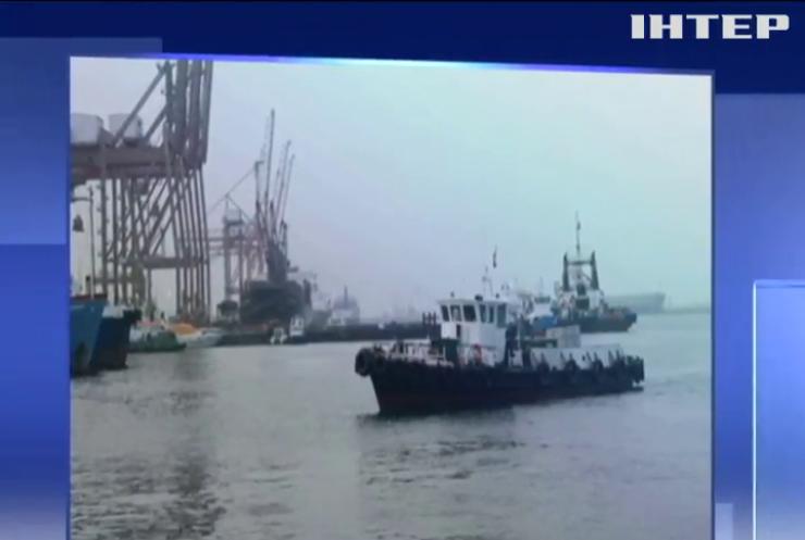 Поблизу узбережжя ОАЄ напали на комерційні судна
