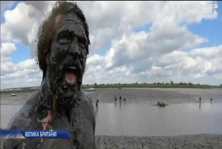 Перегони у Британії: три сотні учасників місили болото