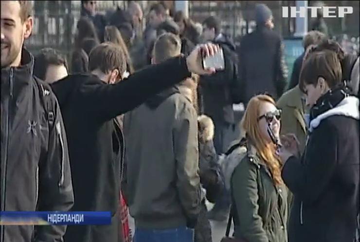 У Нідерландах намагаються захистити пам'ятки країни від впливу туристів