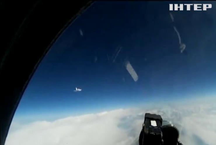Угорські винищувачі перехопили над Балтикою російський літак