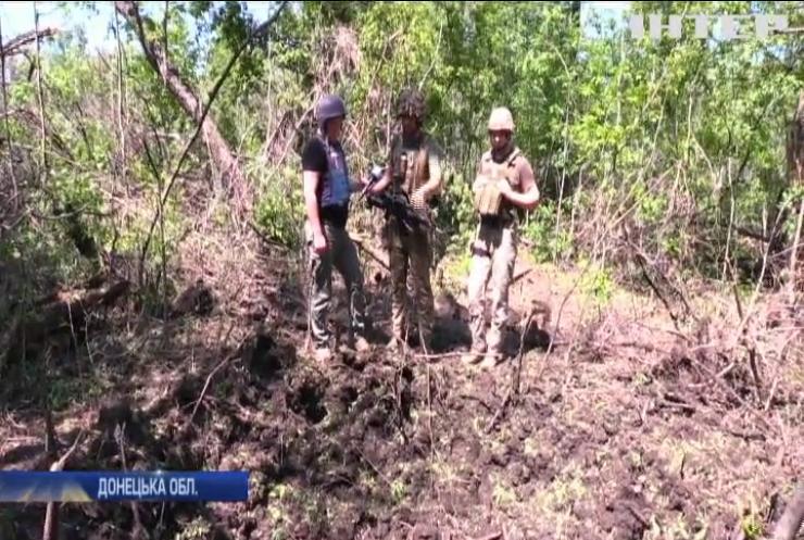 На Донбасі зафіксовано ворожі обстріли