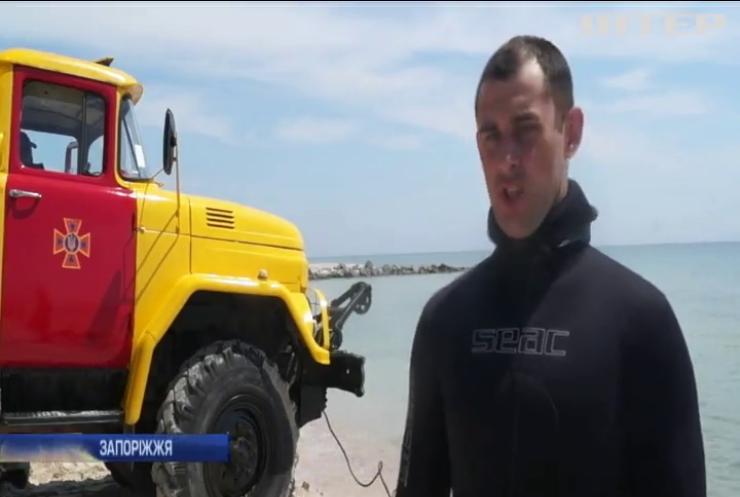 Курортний сезон-2019: водолази чистять пляжі Азовського моря