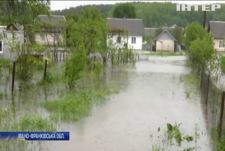 Жителі Прикарпаття лишилися без водопостачання