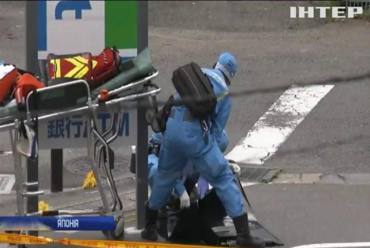 У Японії чоловік із ножем напав на групу школярів