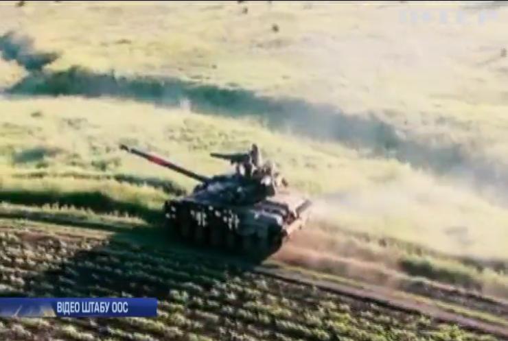 Українські танкісти провели на передовій тактичні навчання