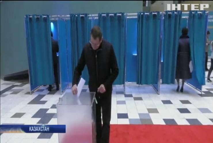Нинішній президент Казахстану перемагає на виборах глави держави
