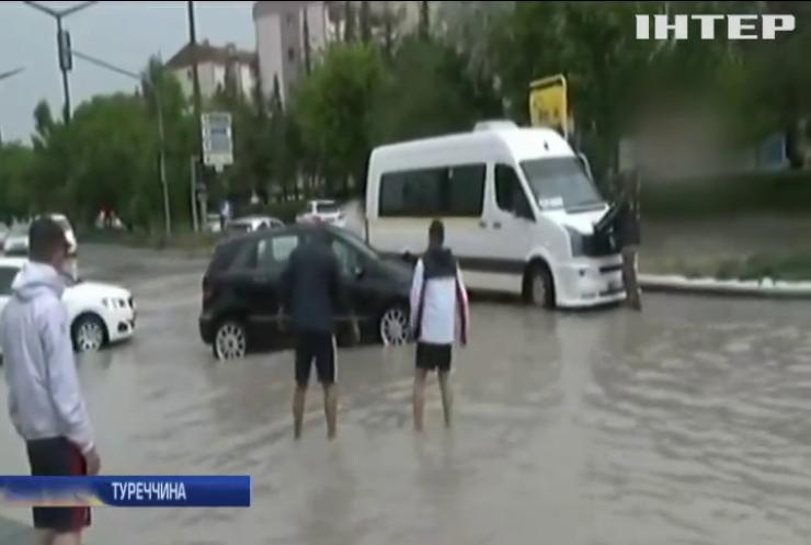 Негода у Туреччині: з'явилися перші жертви