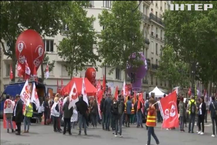 У Франції масово страйкують медики