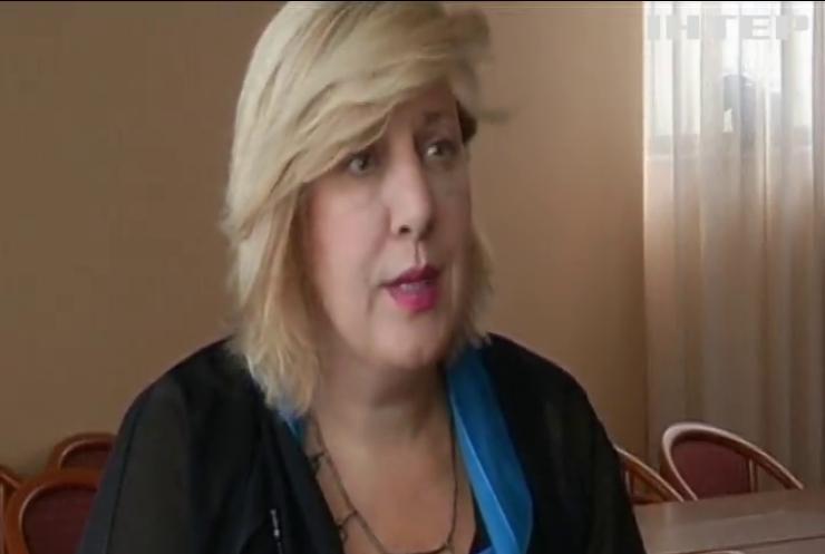 Єврокомісар з прав людини збирається до анексованого Криму