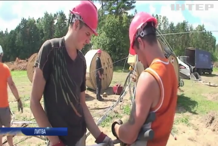 Країни Балтії розпочинають процес від'єднання від електромереж Росії