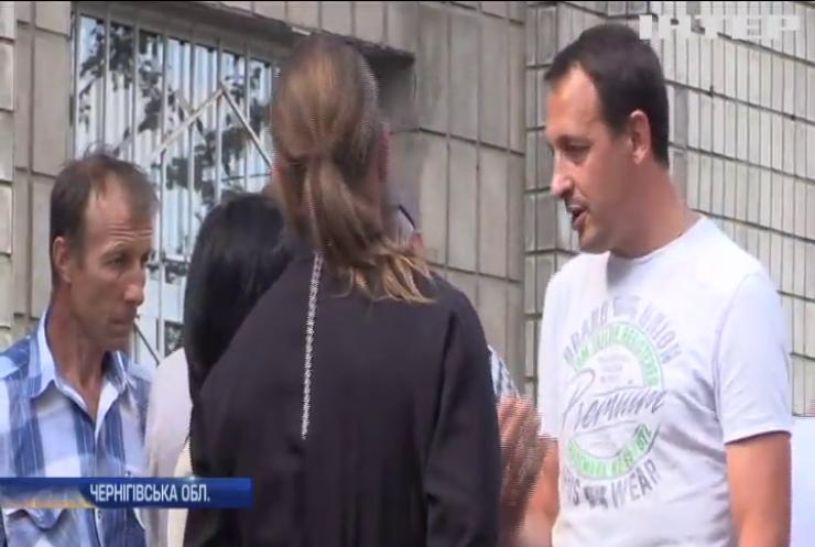 Церковний скандал на Чернігівщині: прихильники ПЦУ відібрали церкву у вірян УПЦ