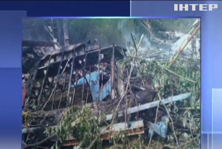 Літак Ан-2 аварійно приземлився і згорів