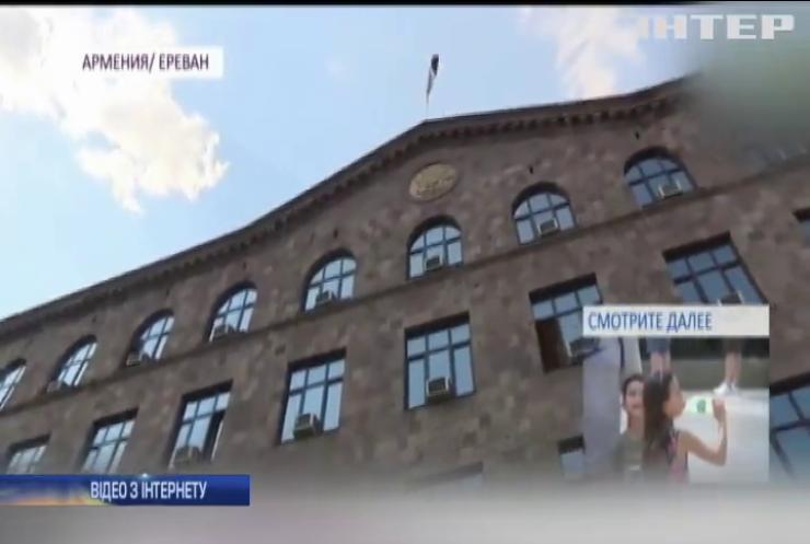Екс-президента Вірменії Роберта Кочаряна взяли під арешт утретє