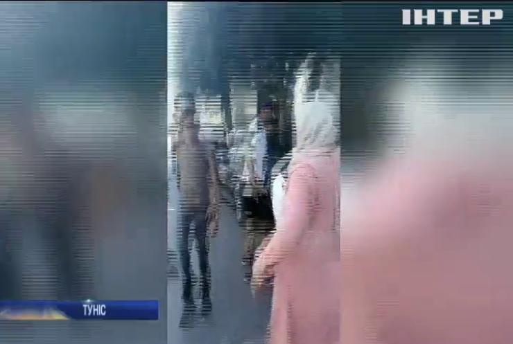 Подвійний теракт: у Тунісі екстрено госпіталізували президента (відео)