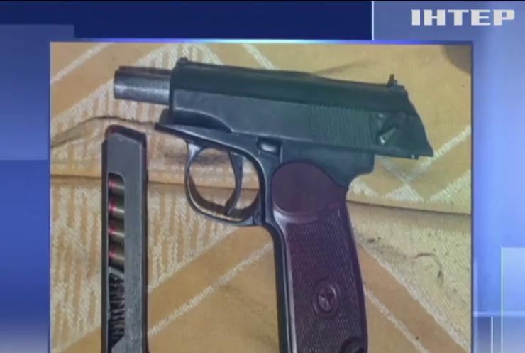 Житель Донеччини зберігав вдома арсенал зброї