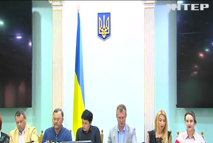 ЦВК зняла з реєстрації кандидатів у депутати Андрія Клюєва і Анатолія Шарія